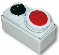 Розетка с выключателем для монтажа на поверхность IP67 61242-3